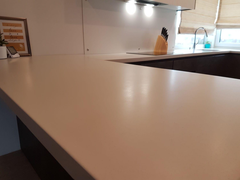 poliruoto betono virtuvė